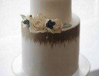 wedding cake or et bleu